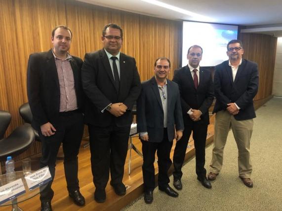 Painel: Situação dos principais projetos de P&D de termosolar no Brasil.