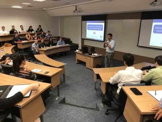 Felipe Gonçalves, Superintendente de Ensino e P&D da FGV Energia - 11/01/2018
