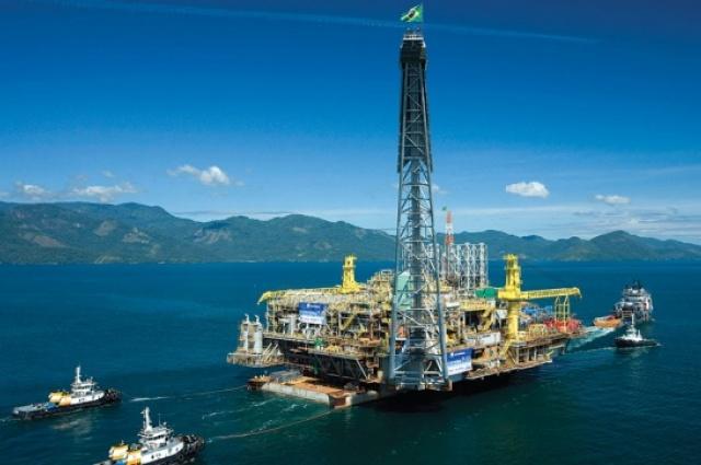 Petrobras: da campanha de Monteiro Lobato, passando pelo nacionalismo de Vargas e pela ditadura militar, a petroleira sempre foi uma questão politicamente sensível (Crédito: Divulgação)