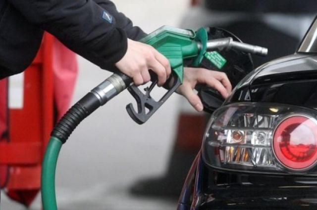 Segundo especialistas, governo deveria usar receita arrecadada com tributos incidentes sobre gasolina e diesel para estimular investimento em formas de energia que geram menos poluição — Foto: PA
