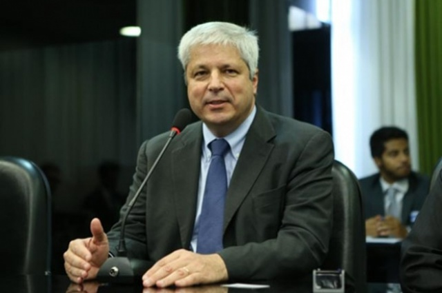 Márcio Félix, secretário do MME