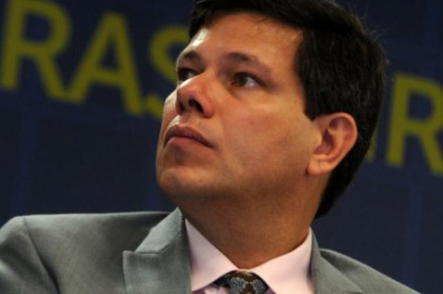 Almeida, da UFRJ, acredita que as distribuidoras de combustíveis podem se interessar pelas refinarias da Petrobras