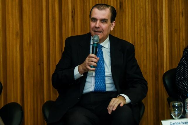 Carlos Ivan Simonsen Leal – Presidente da FGV.